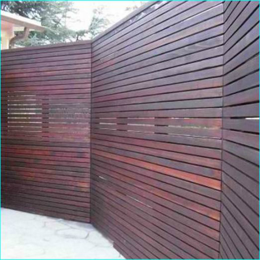 Awesome Horizontal Wood Fence Los Angeles, built by WoodFenceExpert.com