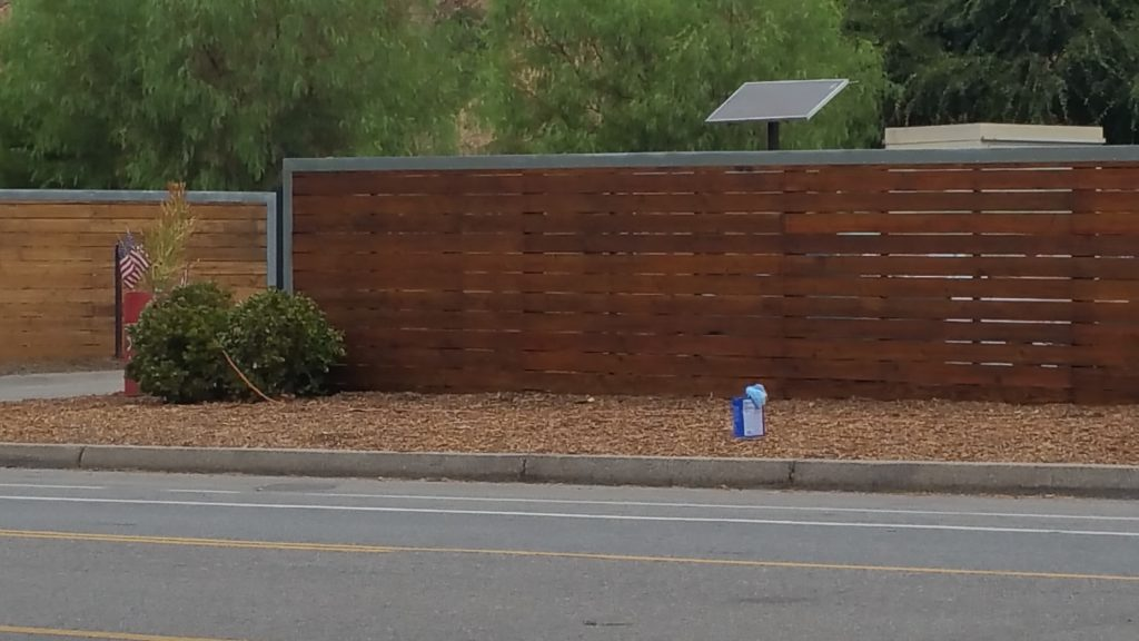 Modern Horizontal Wood Fence in Sun Valley, Los Angeles during a fire 1, Built and stained by WoodFenceExpert.com