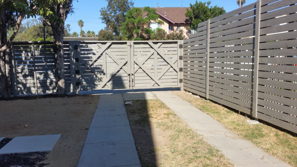 modern horizontal wood fence with matching pedestrian and double-swinger driveway gates in Los Angeles, 5 of 9, built and painted by WoodFenceExpert.com